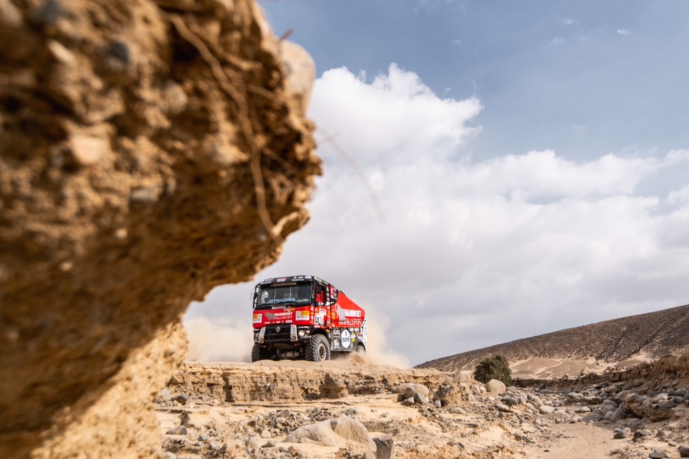 Eurol In Dakar Van Kasteren And Coronel Shine During Tough